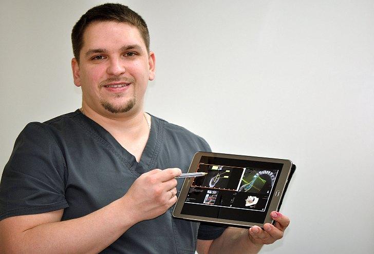 стоматолог-хирург-имплантолог Хащенко Станислав Сергеевич