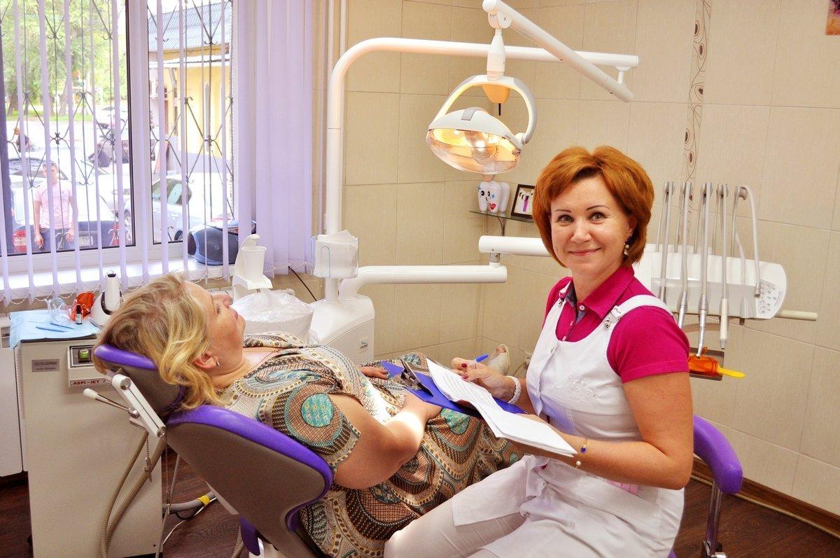 На фото доктор Кабанова с пациенткой