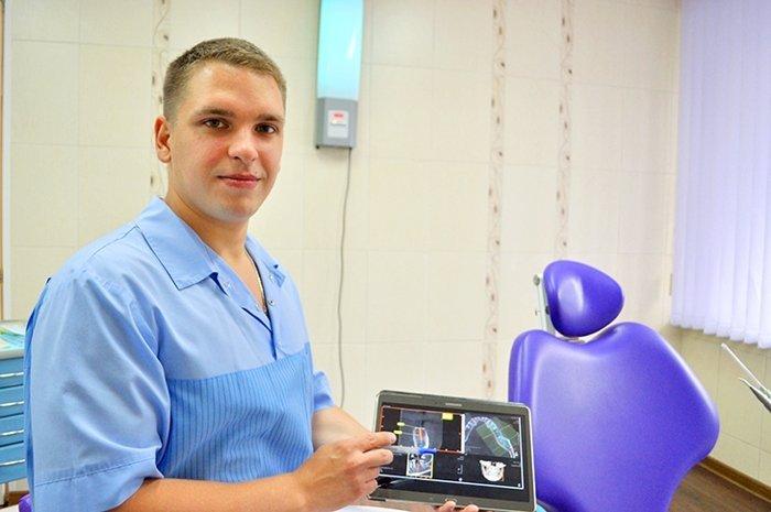 С.С. Хащенко работает в клинике «Дентокласс» с 2010 года. Станислав Сергеевич не только талантливый врач, но и настоящий энтузиаст своего дела.