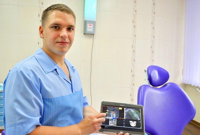 Станислав Сергеевич — опытный и блестяще подготовленный стоматолог-хирург.