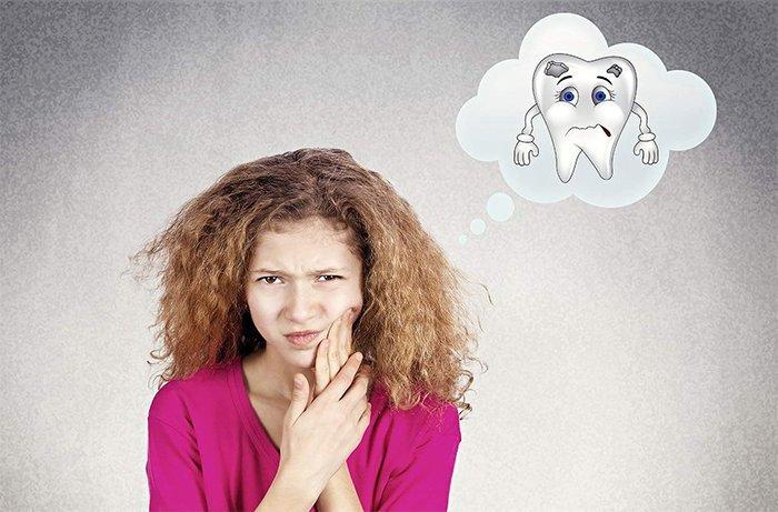 Если вы наблюдаете у себя хотя бы один из вышеперечисленных симптомов, следует незамедлительно обратиться к стоматологу.